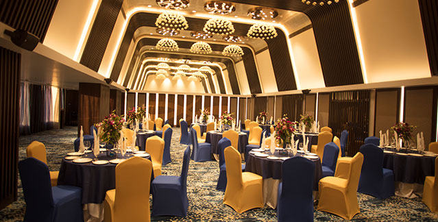 Things to consider before booking a hotel for  your wedding in Indore